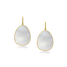 Milky Moonstone Earring in 18K Yellow Gold | Tresor Collection